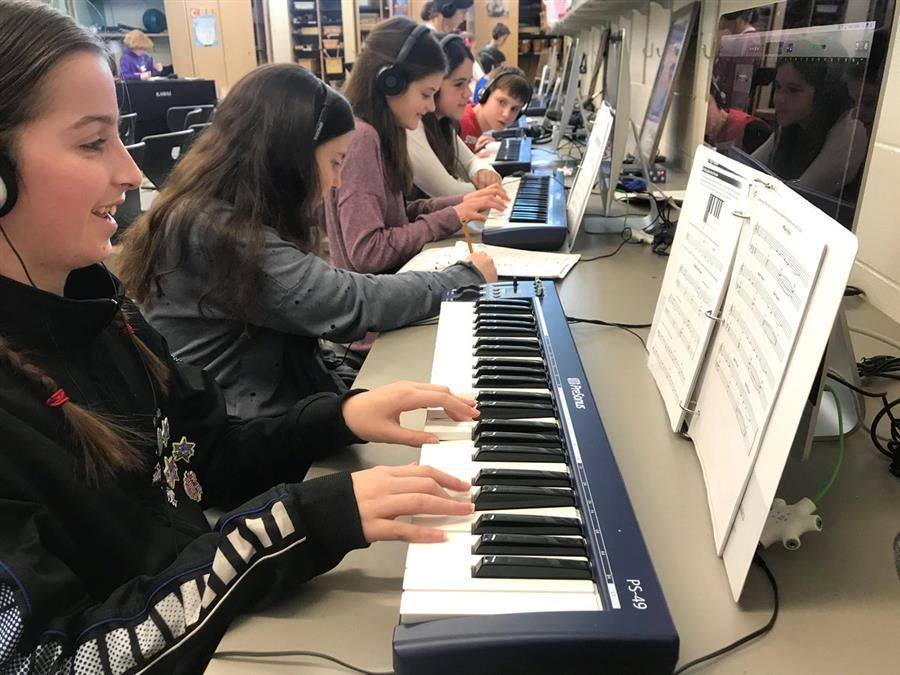 Students in music lab